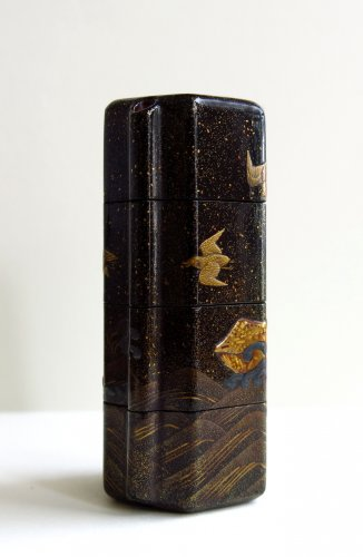 Asian Art & Antiques  - INRO - Unusual and rare shape on a japanese lacquer inro