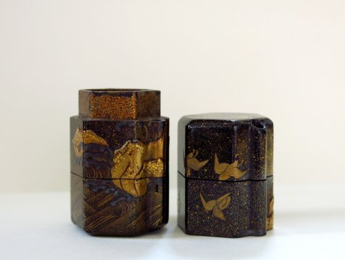 INRO - Unusual and rare shape on a japanese lacquer inro -