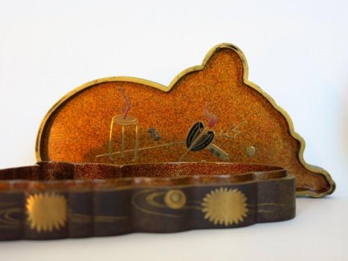 Kôgô Japanese urushi lacquer box - Japan Edo 18th century -