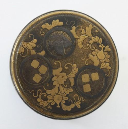 Asian Art & Antiques  - Lacquer Box Japanese gold lacquer Ju-Kôgô -18th century