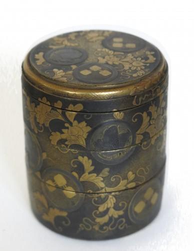 Lacquer Box Japanese gold lacquer Ju-Kôgô -18th century -
