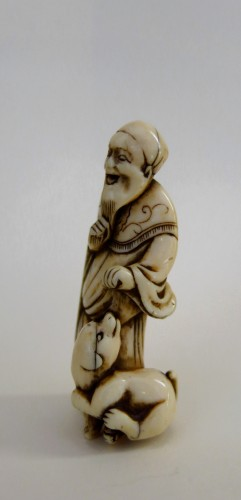 Netsuke, An old man and his dog, Japan Edo (1603-1868)  - Asian Art & Antiques Style