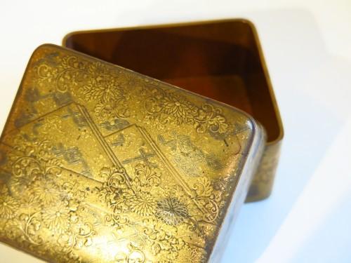 - Kobako Small japanese urushi gold lacquer box. Japan Edo