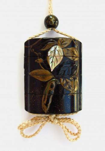 Asian Art & Antiques  - Inro Japanese urushi lacquer of beans and foliage. Japan Edo