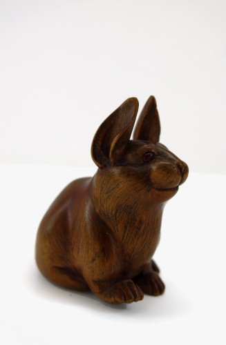 Asian Art & Antiques  - Netsuke, A nice model of a wood carved seated hare. japan Edo