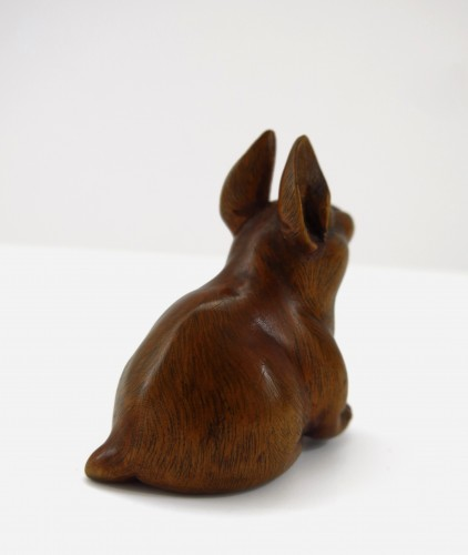 Netsuke, A nice model of a wood carved seated hare. japan Edo -