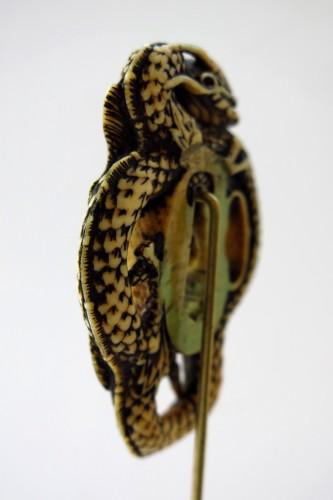 Rare and powerful representation of a dragon Tsuba. Japan Edo -