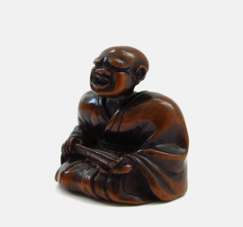 Asian Art & Antiques  - Netsuke wood carving, theater figure. Japan Edo