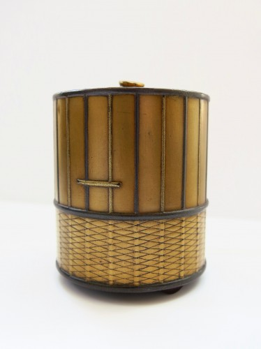 Takigara-Ire  Unusual japanese urushi lacquer box of a cage. Japan Edo -
