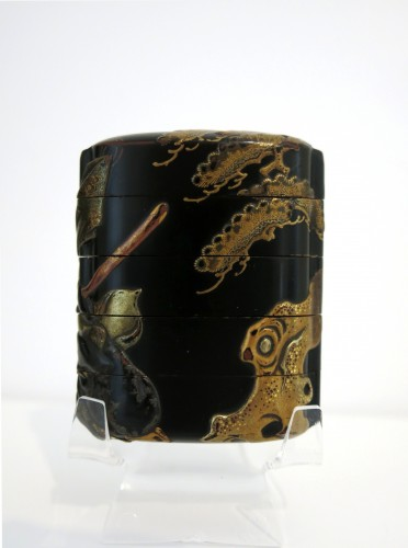 18th century - INRO – black japanese urushi lacquer Japan Edo Tadamori and the Oil Thief