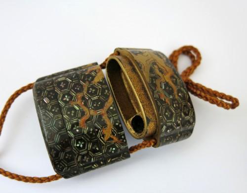 A rare Yatate shaped Inro, Japan Edo -