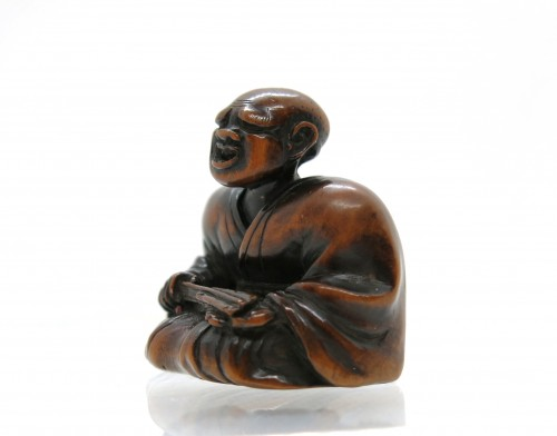 Asian Art & Antiques  - NETSUKE wood carving, theater figure. Japan Edo, 18th century