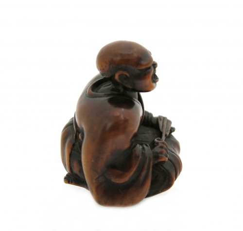 NETSUKE wood carving, theater figure. Japan Edo, 18th century -