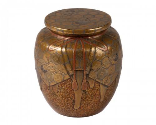 Natsume Japanese gold lacquer Tea box, Japan Edo 18th century