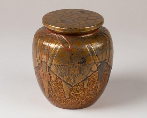 Natsume Japanese gold lacquer Tea box, Japan Edo 18th century -