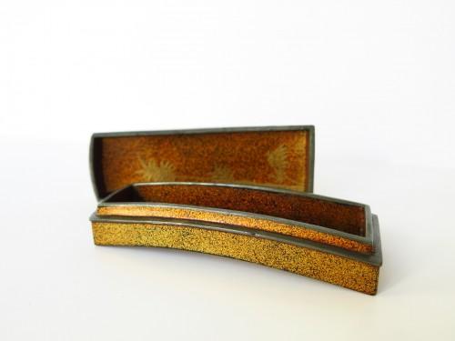 18th century - Kôgô Small Koto urushi lacquer box. Japan Edo