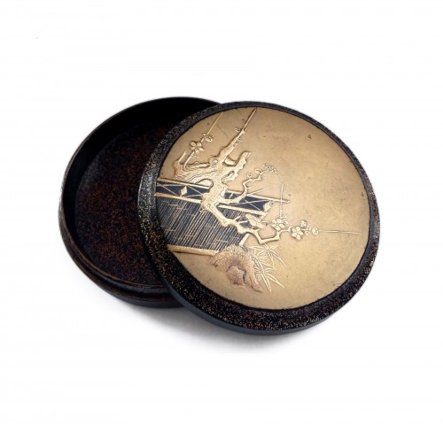 Kôgô - A circular japanese lacquer box for incense Japon