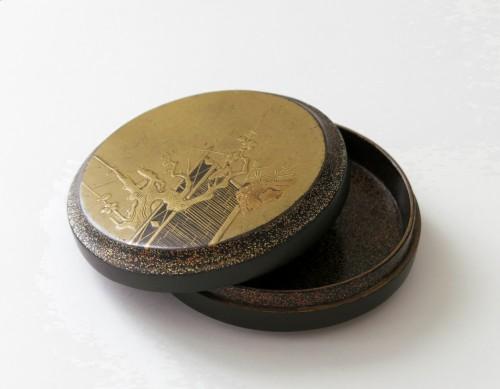 Kôgô - A circular japanese lacquer box for incense Japon - Asian Art & Antiques Style