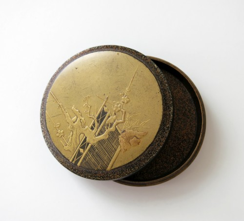 19th century - Kôgô - A circular japanese lacquer box for incense Japon