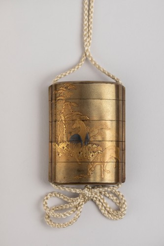 Gold japanese lacquer Inro, with 4 cases Japan Edo -