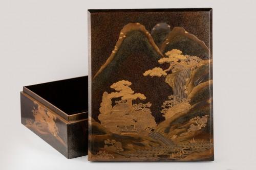A lacquer  box - RYOSHIBAKO, Japan Meiji, early Taisho era -