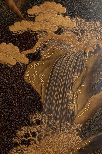 19th century - A lacquer  box - RYOSHIBAKO, Japan Meiji, early Taisho era