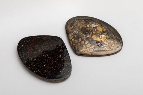 19th century - Kogo - Venus clam shape with shells and aquatic plants, early XIXe