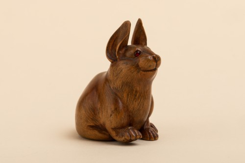 Netsuke - a seated hare. Japan Early Meiji - Asian Art & Antiques Style
