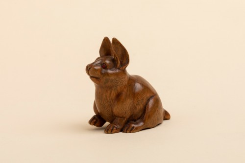 Netsuke - a seated hare. Japan Early Meiji -