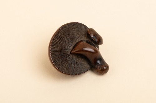 Netsuke - chestnut and a plump mushroom. Japan Edo 19th -