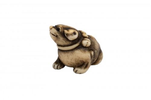 Netsuke by Masatomo - lovely model of a small dog, Japan Edo
