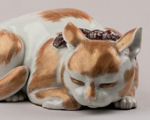 Asian Works of Art  - Satsuma porcelain sleeping cat, Japan Edo 19th