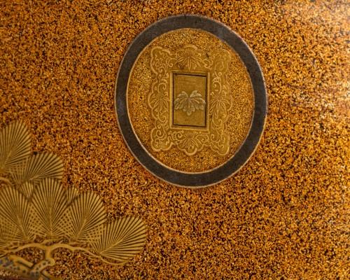 Tebako - Gold lacquer box with landscape Japan Edo 19th -
