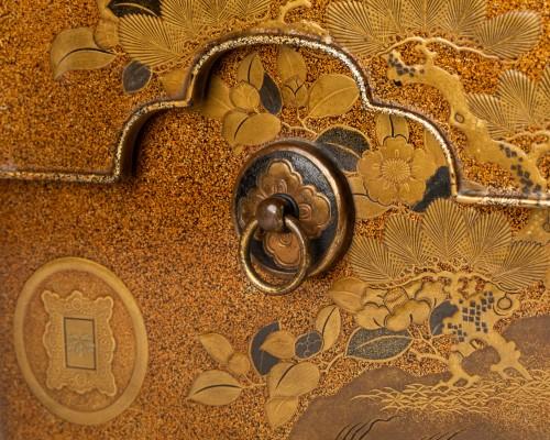 19th century - Tebako - Gold lacquer box with landscape Japan Edo 19th