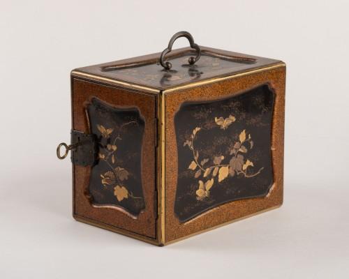 A KODANSU miniature cabinet, Japan Edo 19th century - Asian Works of Art Style