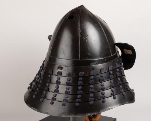 18th century - Kabuto - black lacquer helmet of momonari shape Japan Edo 18th