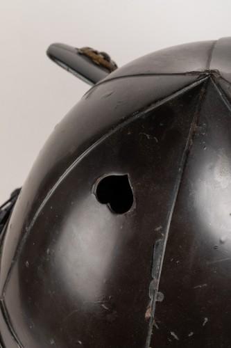Kabuto - black lacquer helmet of momonari shape Japan Edo 18th -