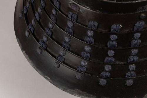 - Kabuto - black lacquer helmet of momonari shape Japan Edo 18th