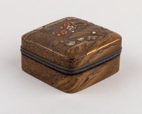 Kogo-small lacquer box with mandarin ducks Japan Edo 18th -