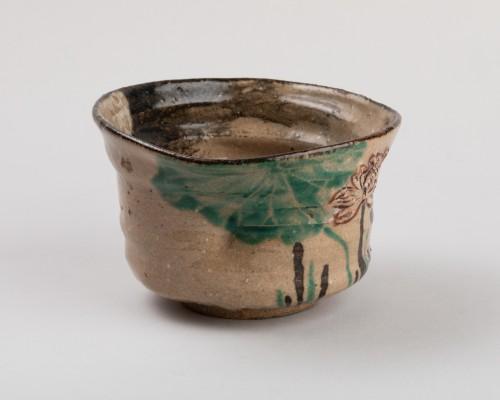 Tea bowl (chawan) inscribed Kenzan, Rinpa school, Japan Edo 19th -