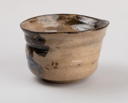 19th century - Tea bowl (chawan) inscribed Kenzan, Rinpa school, Japan Edo 19th