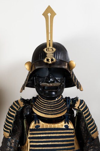 Armor in gold lacquer laced in dark blue Japan Edo End of 17th - Collectibles Style