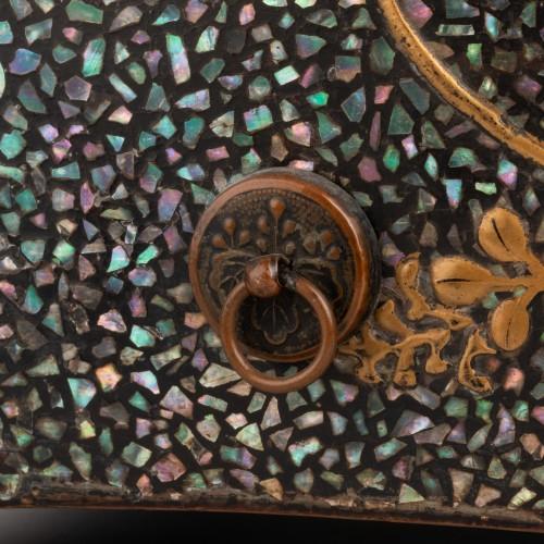 Ryukyu mother-of-pearl inlay and lacquer box (Tebako) Japan Edo 18th -