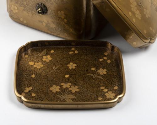 Rare lacquer box Tebako gold lacquer. M. et H. Dean. Japan Edo late 17th -