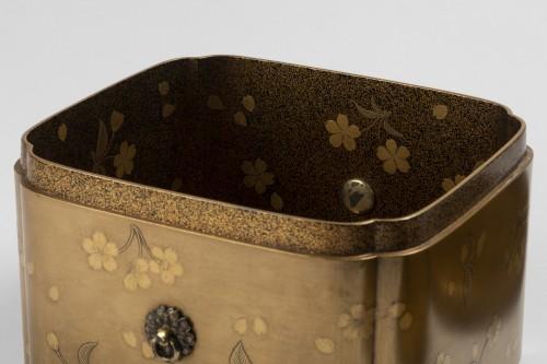 Antiquités - Rare lacquer box Tebako gold lacquer. M. et H. Dean. Japan Edo late 17th