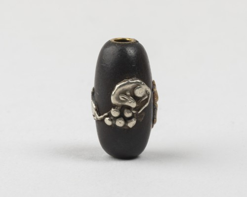 Cylindrical ojime with fruits and mice & rabbit and moon, Japan Edo 19th century - Asian Works of Art Style