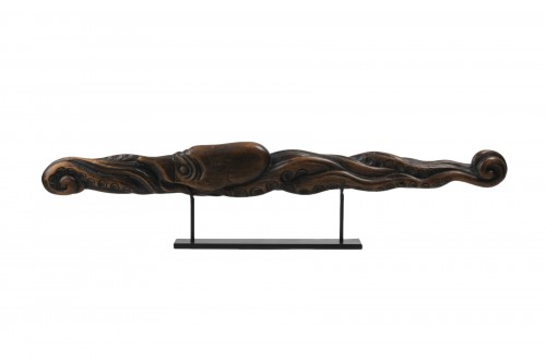 Wood carved Tantô Unusual and beautiful octopus shape