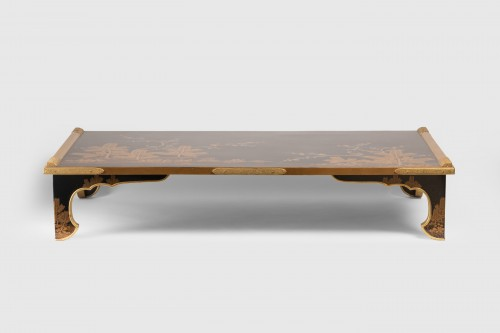 Bundaï table with four trefoil feet Japan Edo 19th century - Asian Works of Art Style