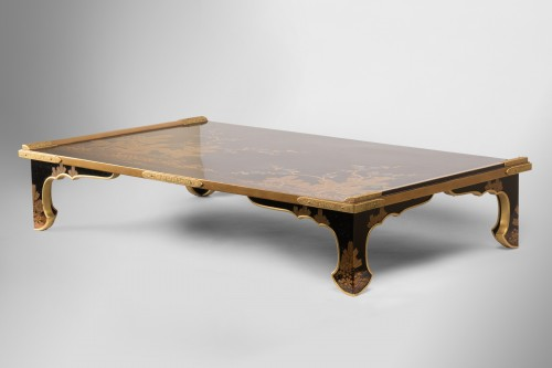 19th century - Bundaï table with four trefoil feet Japan Edo 19th century