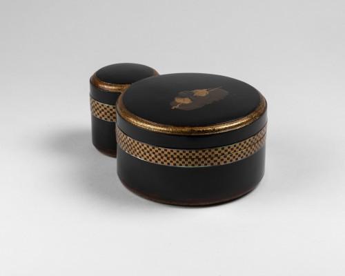 Asian Works of Art  - Kobako - Japanese urushi lacquer box. Japan Edo 17th century